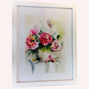 گل ها در لیوان سفالی
