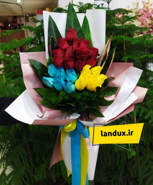 دسته گل رز رنگارنگ