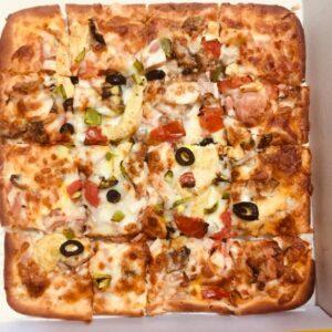 پپرونی پیتزا