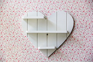شلف دیواری قلب