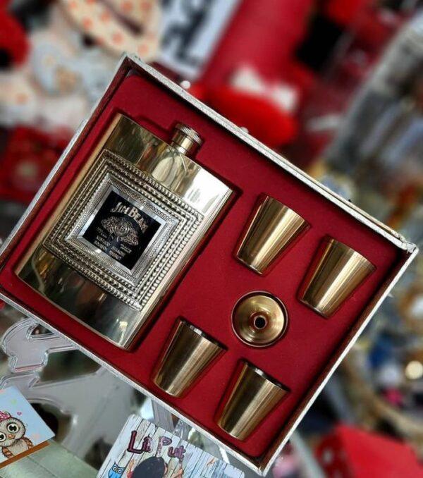 بطری شات طلایی