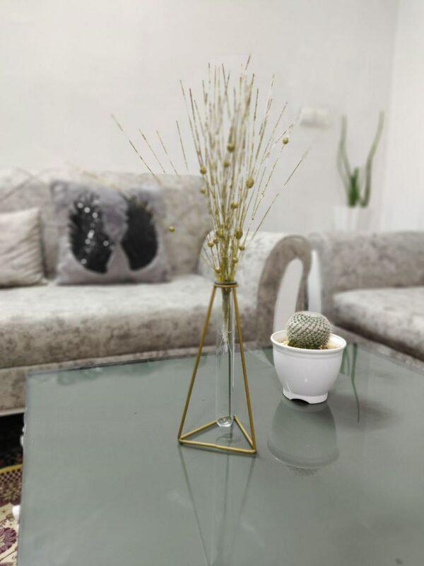 گلدان فلزی با حباب شیشه ای
